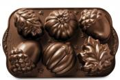 Nordic Ware Autumn Treats Cakelet / Muffin Pan