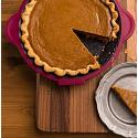 Trudeau Silicone Pie Pan with Pie Server 2