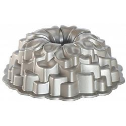 Nordic Ware Platinum Collection Blossom Bundt Pan 1