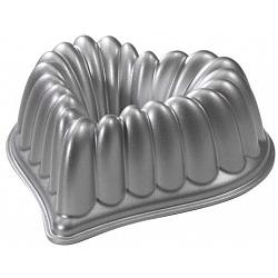 Nordic Ware Heart Bundt Pan 1