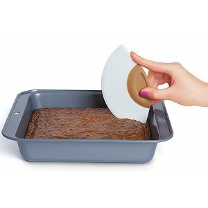Bakelicious Brownie Rocker & Cutter