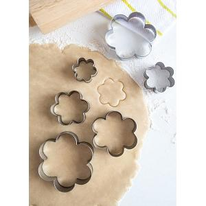 Fox Run Flower Cookie Cutter Set