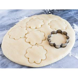 "Fox Run 2"" Small Daisy Cookie Cutter"
