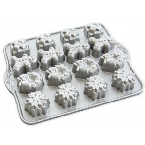 Nordic Ware Holiday Teacakes Pan