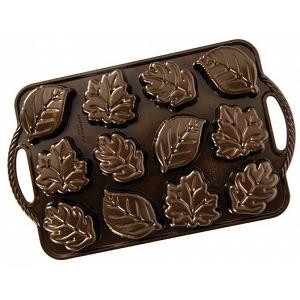 Nordic Ware Leaflettes Cakelet Pan